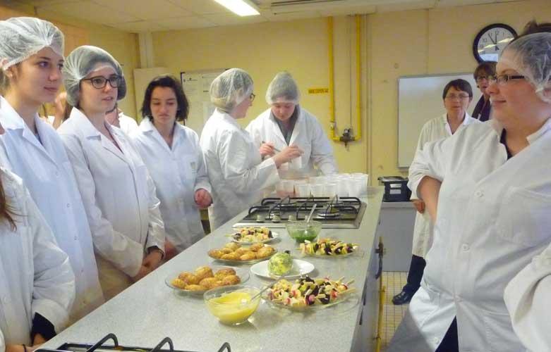 Atelier cuisine sensorielle au lycée pour sa semaine développement durable